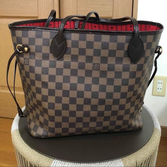Louis Vuitton Handbags - LOUIS VUITTON NEVERFULL MM IN DAMIER EBENE VGUC